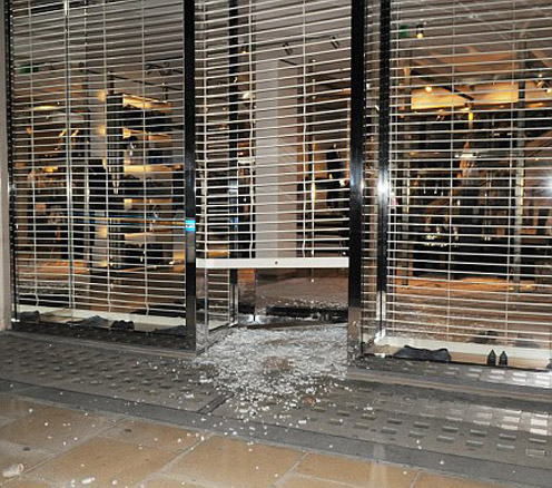 STOREFRONT GLASS DOOR REPAIR 24/7 EMERGENCY DOOR AND GATE REPAIR IN NYC NEW-YORK